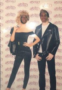 Io e il mio fidanzato nei panni di Sandy e Danny al Ferramburger
