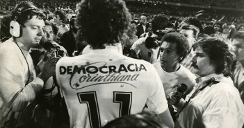 Sócrates_-_Democracia_Corintiana