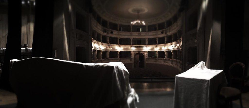 Veduta della platea del Teatro degli Arrischianti di Sarteano.